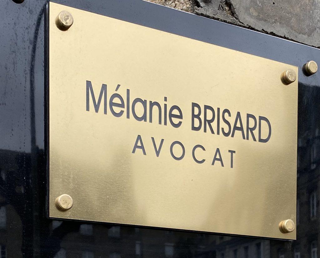 plaque-avocate-melanie-brisard